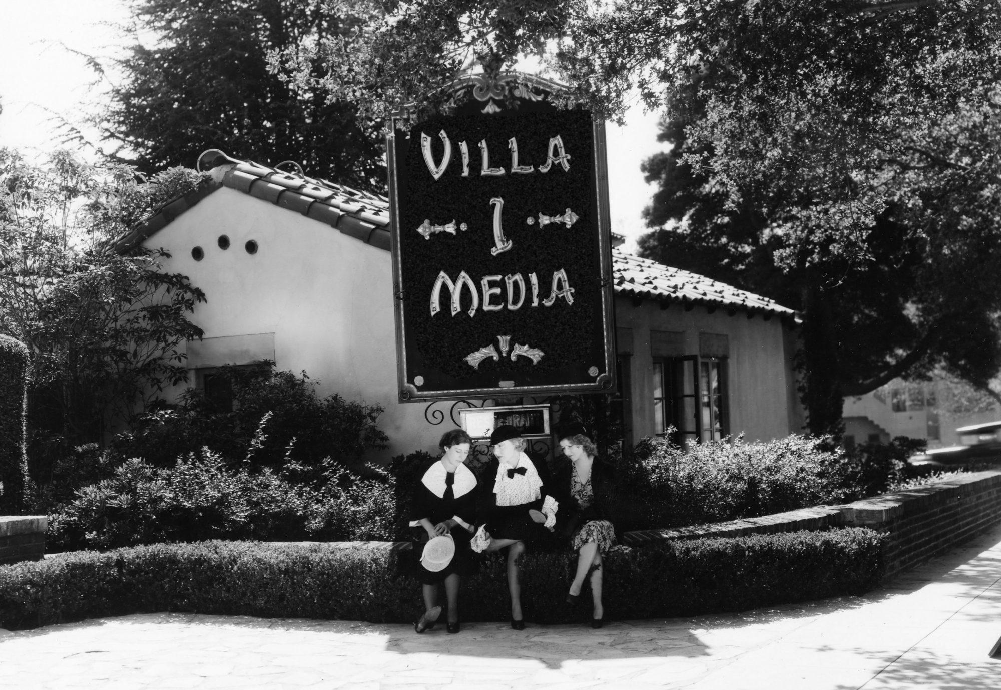 Villa 1 Media